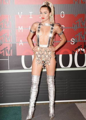 Miley Cyrus: 2015 MTV Video Music Awards in Los Angeles [adds]-73